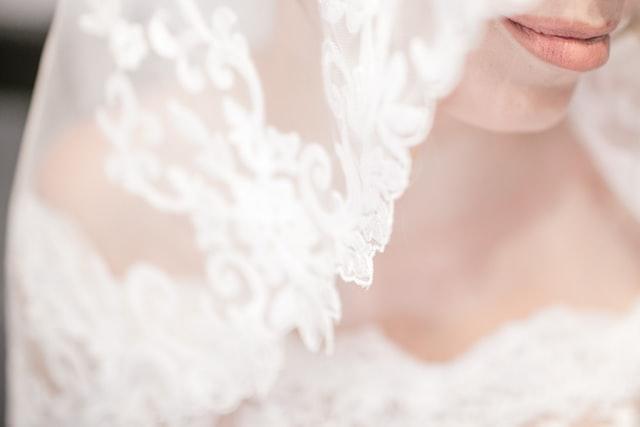 labios-tendencia-maquillaje-novias-2021